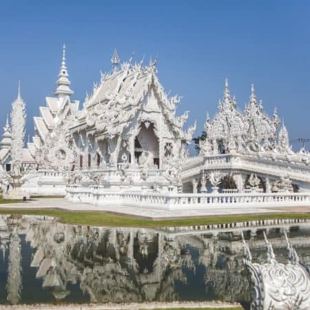 white temple chiang rai from chiang mai