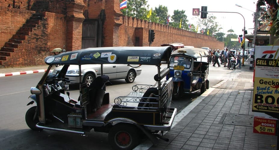 chiang mai tuk tuk tour old city